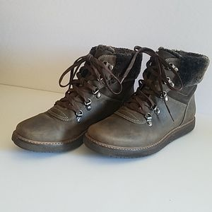 Clarks Women's Glick Clarmont Boots